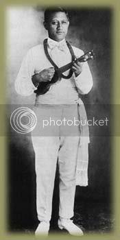 Henry Kailimai Ukulele player