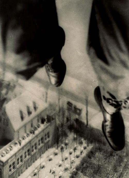mystere 101 [Mystère #11] Willi Ruge saute en parachute  photo mystere bonus