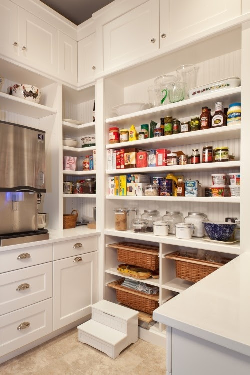 I hope one day I a) I have a pantry this big and b) that it is this organized