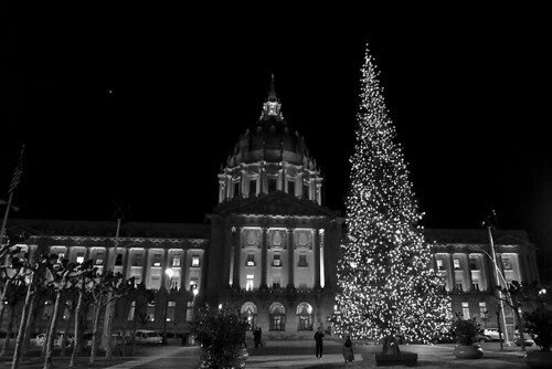 SF City Hall Holiday Tree by raluistro, on Flickr