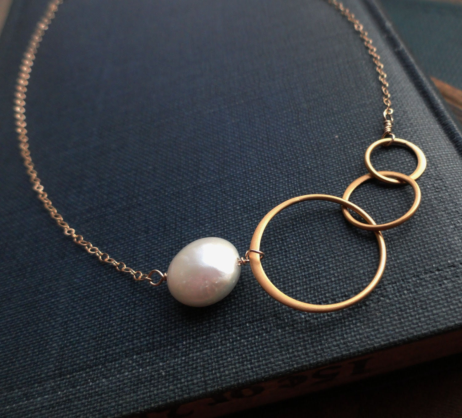 gold karma necklace, Freshwater pearl, bridesmaid gifts, eternity necklace, entwined rings, sisters, best friends, circle necklace