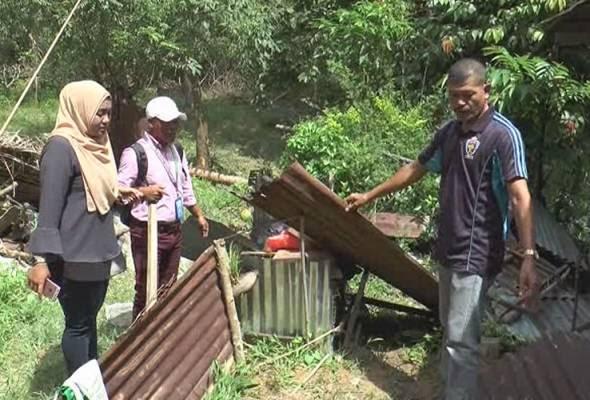 Amukan gajah: Penduduk kampung trauma tanaman, bangsal dan jamban musnah