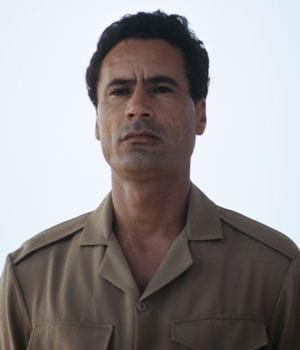 http://www.linternaute.com/actualite/politique/dossier/les-diplomes-des-chefs-d-etat/image/mouammar-kadhafi-395199.jpg
