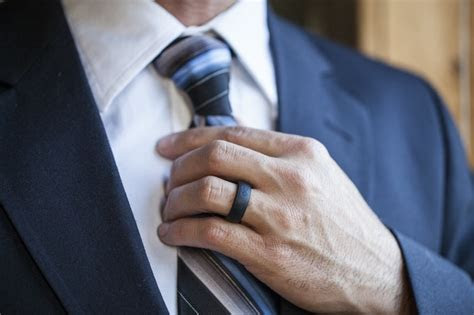 rules  wearing rings  men fine tailored