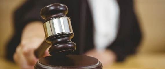 Βρετανία: Καταδικάστηκε για σεξουαλική επίθεση η γυναίκα που ξεγέλασε τη φίλη της και έκανε σεξ μαζί της με ψεύτικο πέος