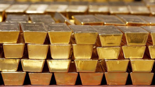 How much gold do Americans own?