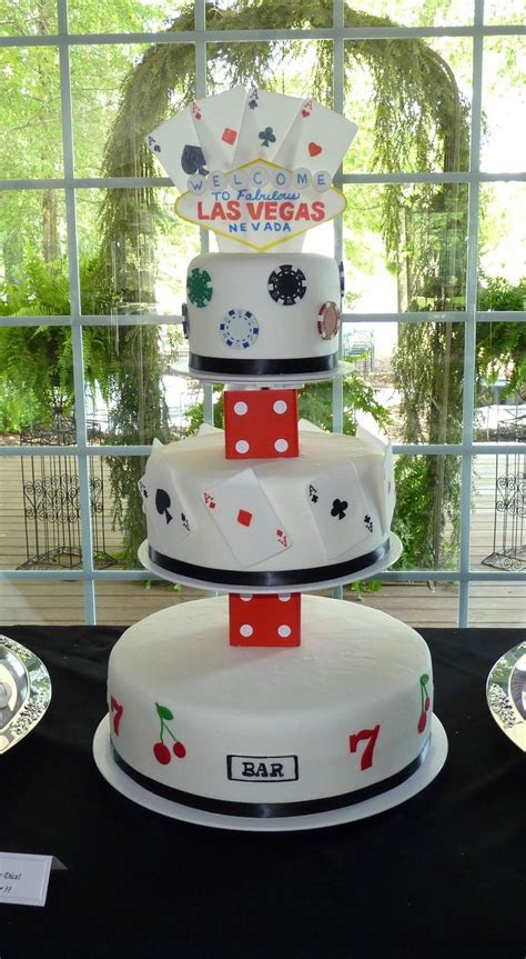 Best 25  Vegas themed wedding ideas on Pinterest   Vegas