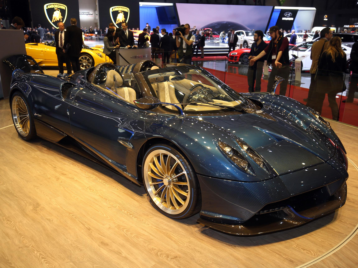 As did Pagani's stunning Huayra Roadster.