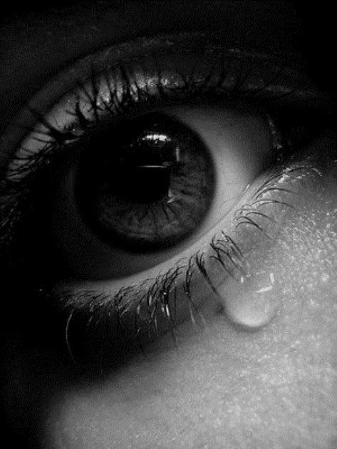 crying_eye-2552