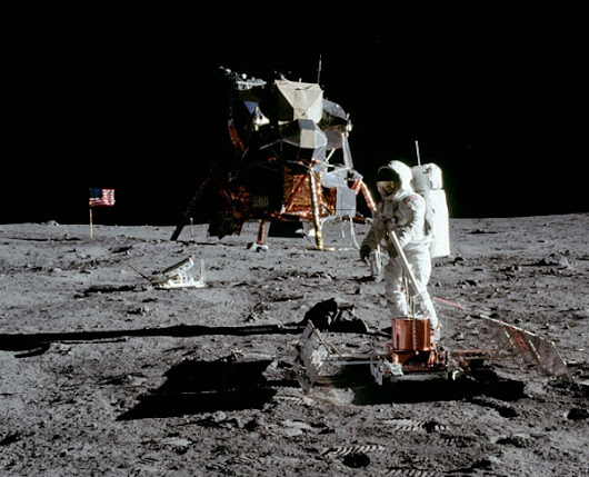 No, The Moon Landings Weren't Faked. (And Here's How You Can Tell.)