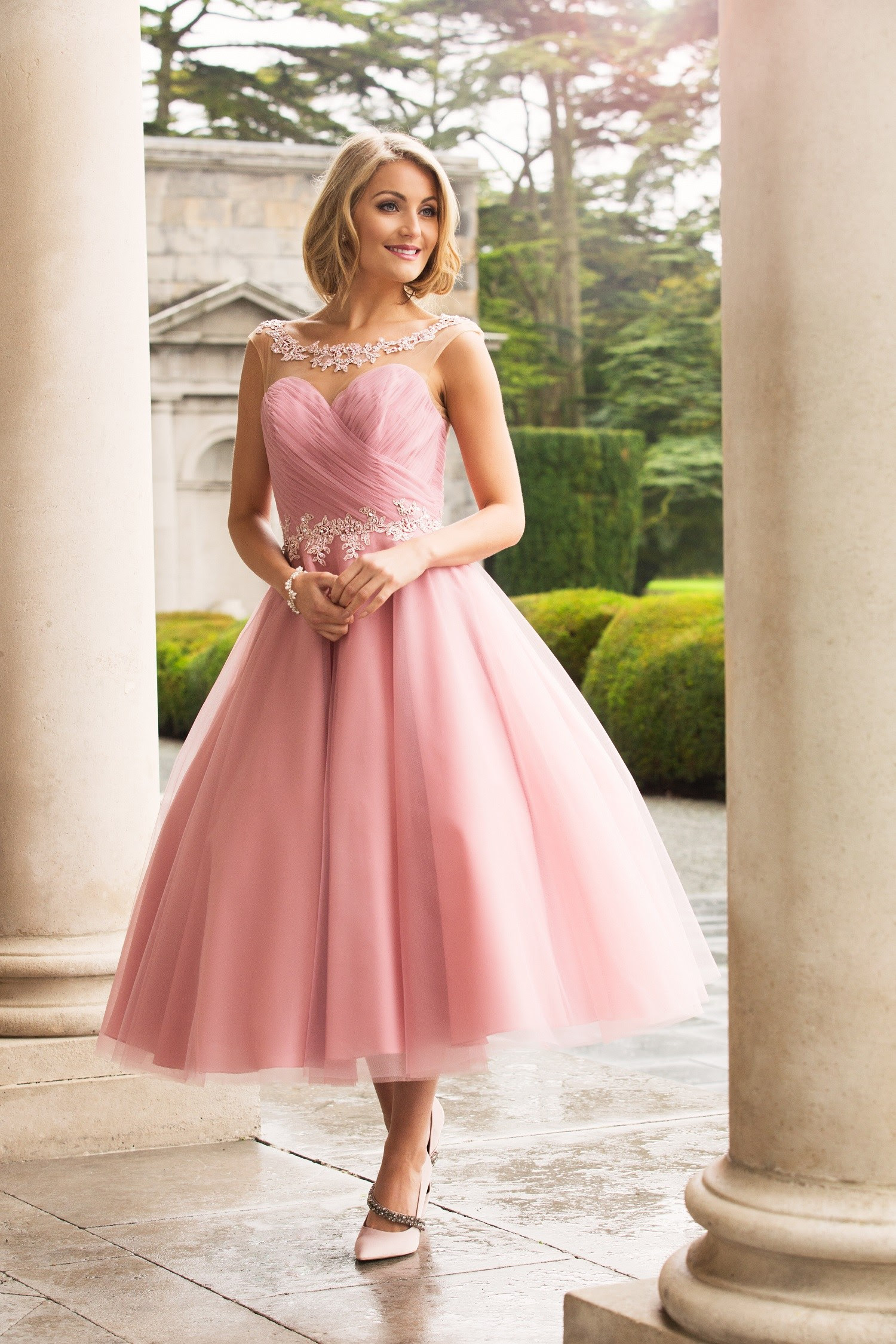 Tea Length A-line Pink Tulle Bridesmaid Dress with Lace _3