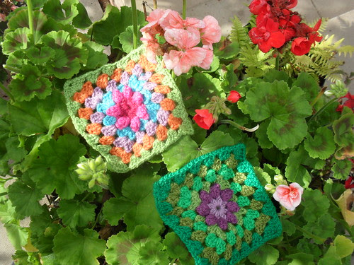 Such pretty Flower Squares!