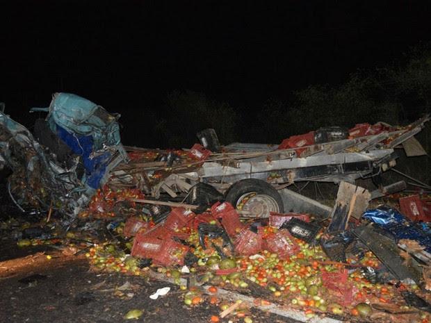 Três morreram após o acidente  (Foto: João Carvalho / Portal Jaguarari)