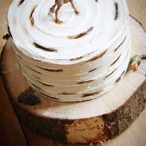 buttercream birch wood effect   Buttercream cakes