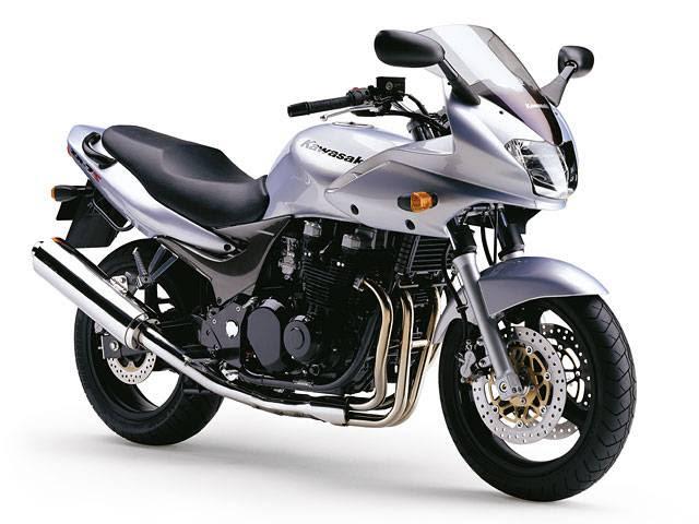 Vehculos Crossover: Kawasaki zr 7 s
