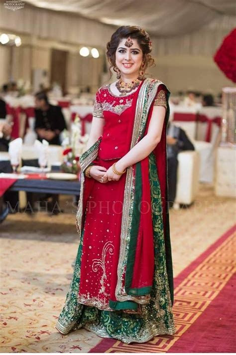 Latest Pakistani Dresses and Frocks 2018 for Wedding