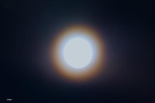 Luna de Calle Larga by Alejandro Bonilla