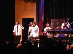 dwele and band