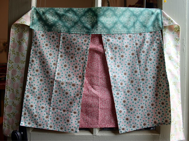 Four Fat Quarter Apron