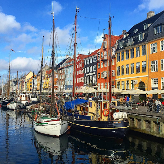 Travel Contests: December 21, 2016 - Copenhagen, France, New York & more - Everybody Hates A Tourist