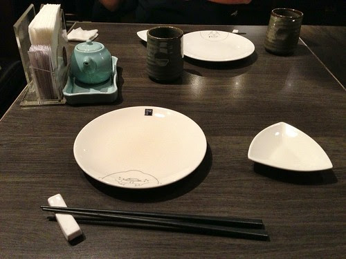 【台中】元手壽司日本料理推薦散壽司(朝富總店) 簡單的白色圓 ...