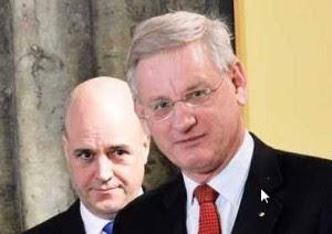 Carl Bildt under överinseende från Fredrik Reinfeldt