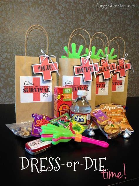 1000  ideas about Wedding Survival Kits on Pinterest