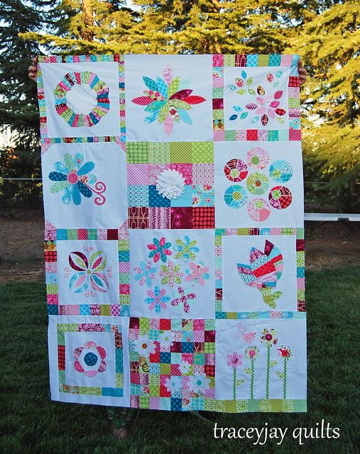 VIBees Bloom quilt top