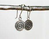 Spiral earrings. Silver disk earrings.  Simple silver earrings. - JaneFullerDesigns