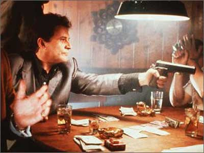Loose cannon Tommy (Joe Pesci)