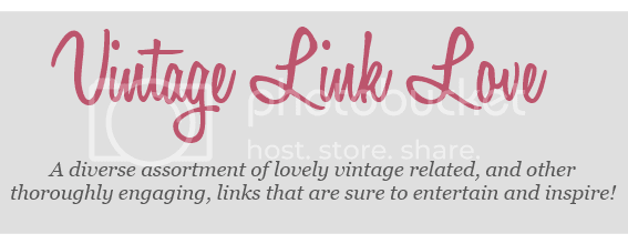photo VintagelinkloveblogpostheaderforChronicallyVintage_zps551f30c8.png