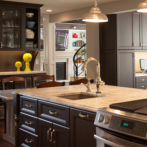 Custom Kitchen Cabinets & Cabinetry Project Gallery | M&R ...