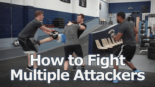 Now THIS is how you should fight multiple attackers...