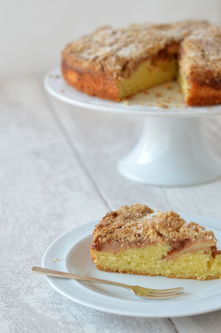 The Crazy Kitchen German Apple Streusel Cake