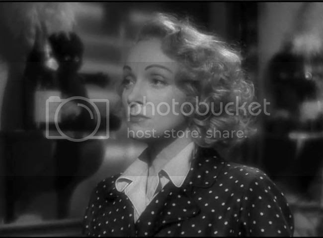 photo Marlene_Dietrich_foreign_affair-1.jpg