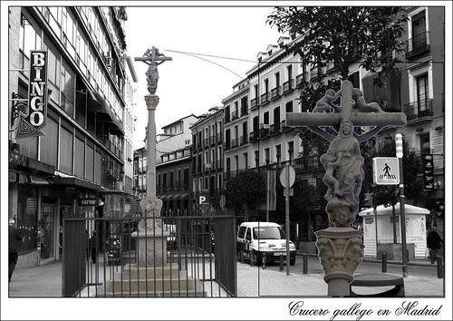 crucero gallego en la plaza de Jacinto Benavente de Madrid