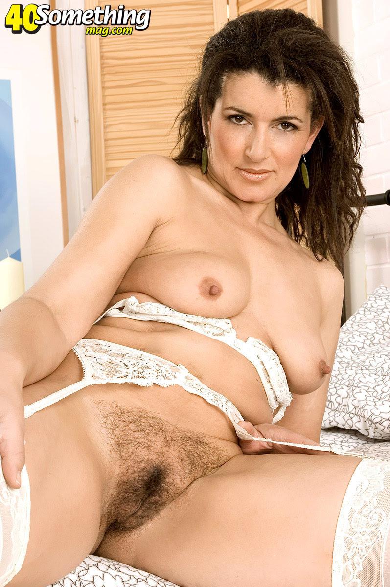 40 Porn Pics all over 40 nude women | xpornxpic