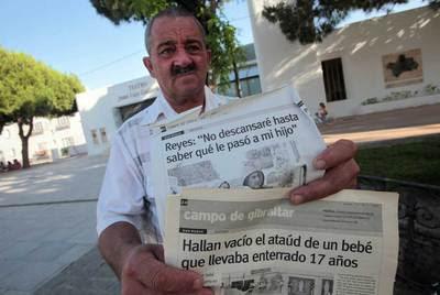 http://www.elpais.com/recorte/20100624elpepisoc_3/LCO340/Ies/Arturo_Reyes_padre_bebe_dado_muerto_robado.jpg