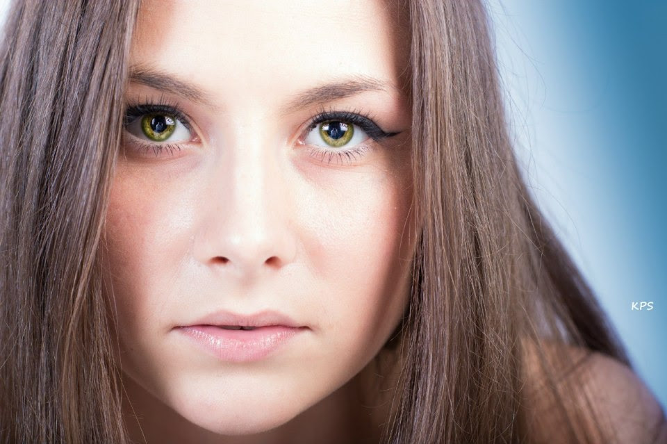 Beautiful Girl With Green Eyes Portrait Photos