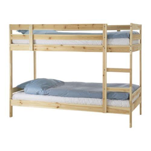 MYDAL Struttura per letto a castello IKEA La scala si può montare sul lato destro o sul lato sinistro del letto.