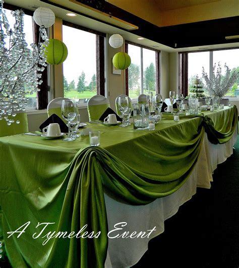 green apples in cylinder centerpiece   Royal Regina Golf