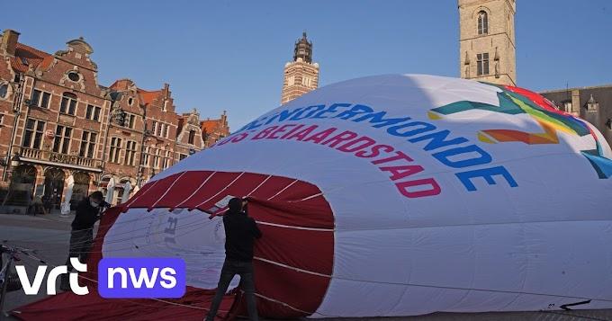 """Ros Beiaard nu op ballon boven Dendermonde: """"Al vliegend aftellen naar de volgende ommegang"""""""
