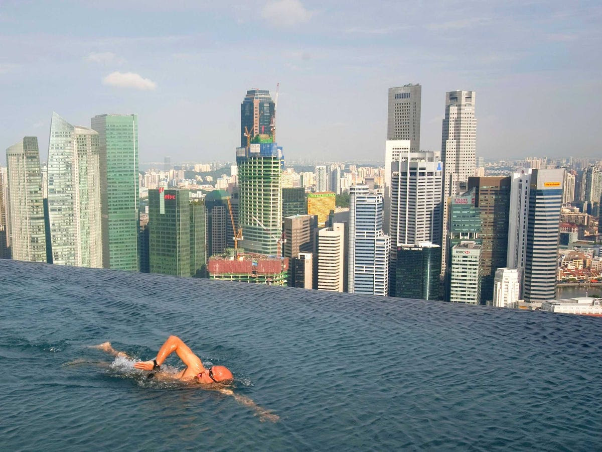4.) SINGAPORE comes in fourth overall, with the best business environment score of Asian financial centre.