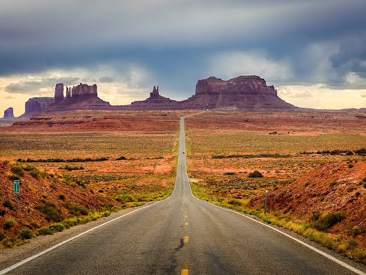 10 Iconic American Road Trips to Take At Least Once