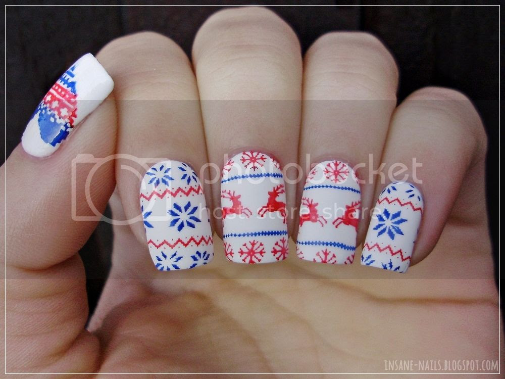 photo gleestmas2015-favorite-christmas-manicure-4_zpslvguma1f.jpg