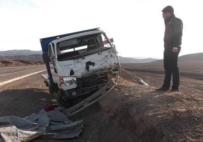 El fiscal (s), Luis Miranda, llegó al lugar del accidente ubicado al norte de Chañaral.