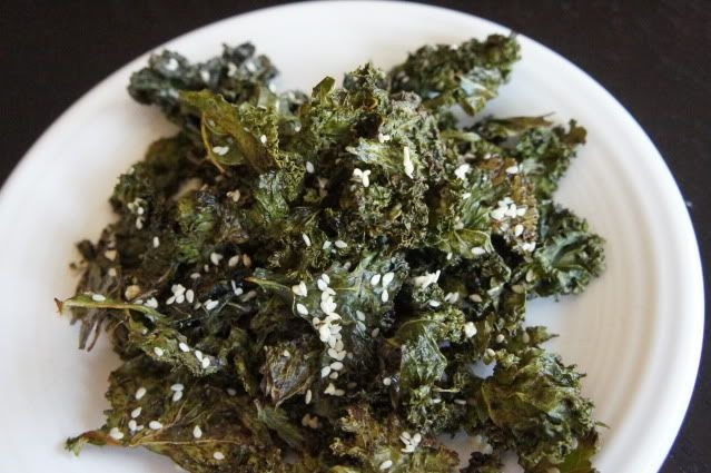 Anne's Odds and Ends: Soy and Sesame Kale Chips