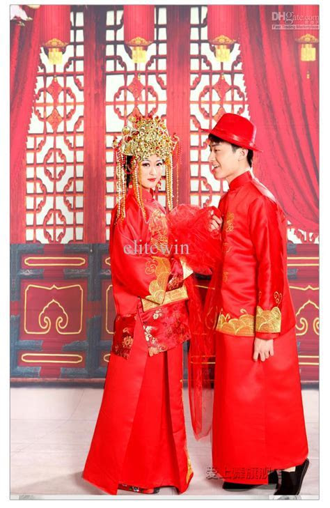 Chinese red wedding dresses: Pictures ideas, Guide to