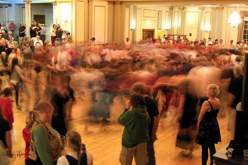 Folk Ball Swirl