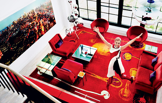Making the Case for Monochrome: 10 Ways to Get This Striking Red Living Room